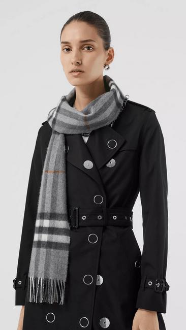 Burberry - Sciarpe & Foulards per DONNA online su Kate&You - 80163951 K&Y9933