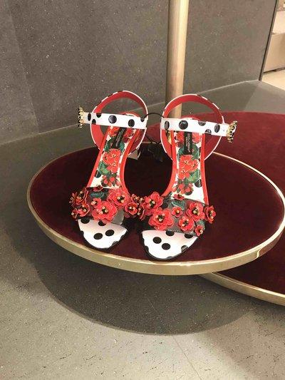 Босоножки  - Dolce & Gabbana для ЖЕНЩИН Modèle Keira imprimé Portofino à broderies онлайн на Kate&You - CRHWV03 - K&Y1584