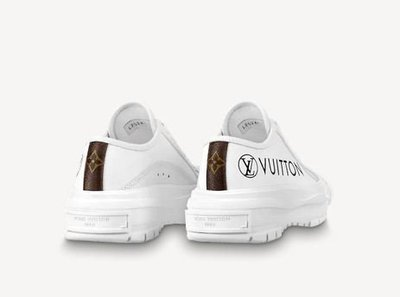 Louis Vuitton - Trainers - Squad for WOMEN online on Kate&You - 1A941X  K&Y10779