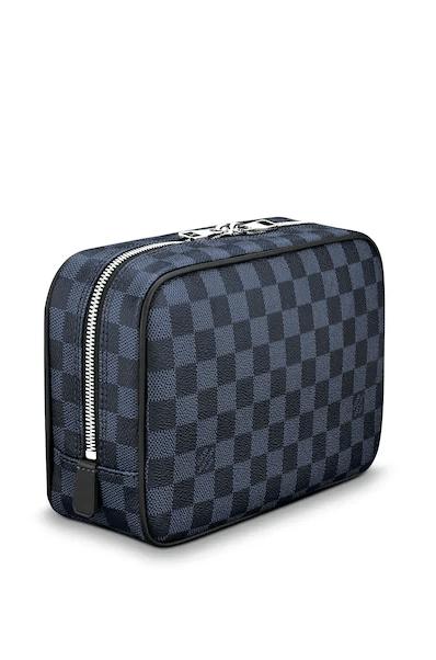 Мужские косметички - Louis Vuitton для МУЖЧИН онлайн на Kate&You - N47523 - K&Y8290