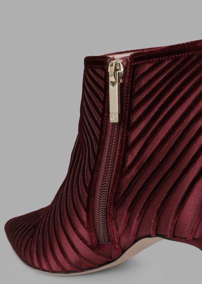 Giorgio Armani - Stivali per DONNA online su Kate&You - X1M295XL0711N728 K&Y2091