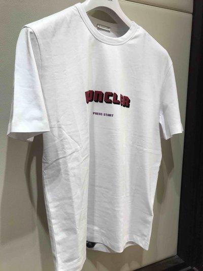 Moncler - T-Shirts & Débardeurs pour HOMME online sur Kate&You - K&Y1615