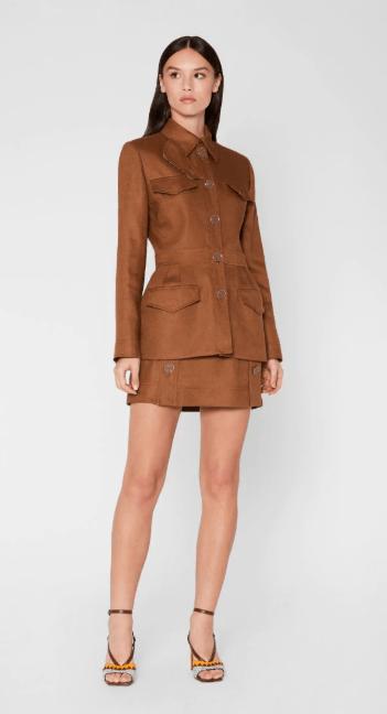 Приталенные куртки - Emilio Pucci для ЖЕНЩИН онлайн на Kate&You - 0HRB020H670C05 - K&Y8217