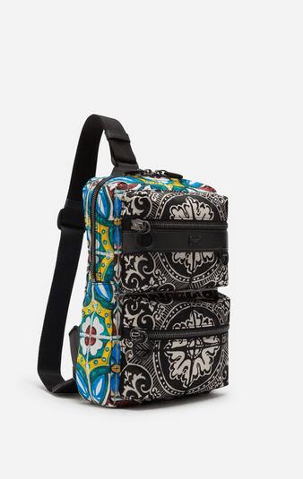 Рюкзаки и поясные сумки - Dolce & Gabbana для МУЖЧИН онлайн на Kate&You - BM1703AX534HH1NZ - K&Y7802