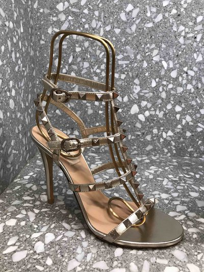 Valentino Garavani - Sandals - Sandales Rockstud Doré for WOMEN online on Kate&You - 105 K&Y1495