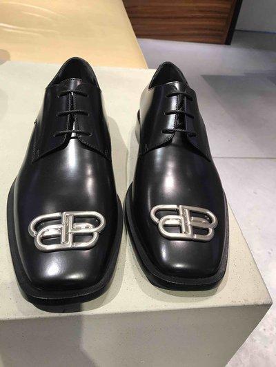 Balenciaga - Scarpe con lacci per UOMO Derbies Rim BB online su Kate&You - 579664WA8E11081 K&Y1724