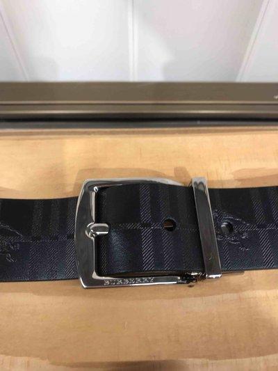 Burberry - Cinture per UOMO réversible motif check et emblème du Cavalier online su Kate&You - 80060871 K&Y2057